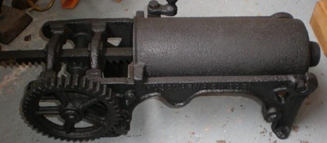 IIM060